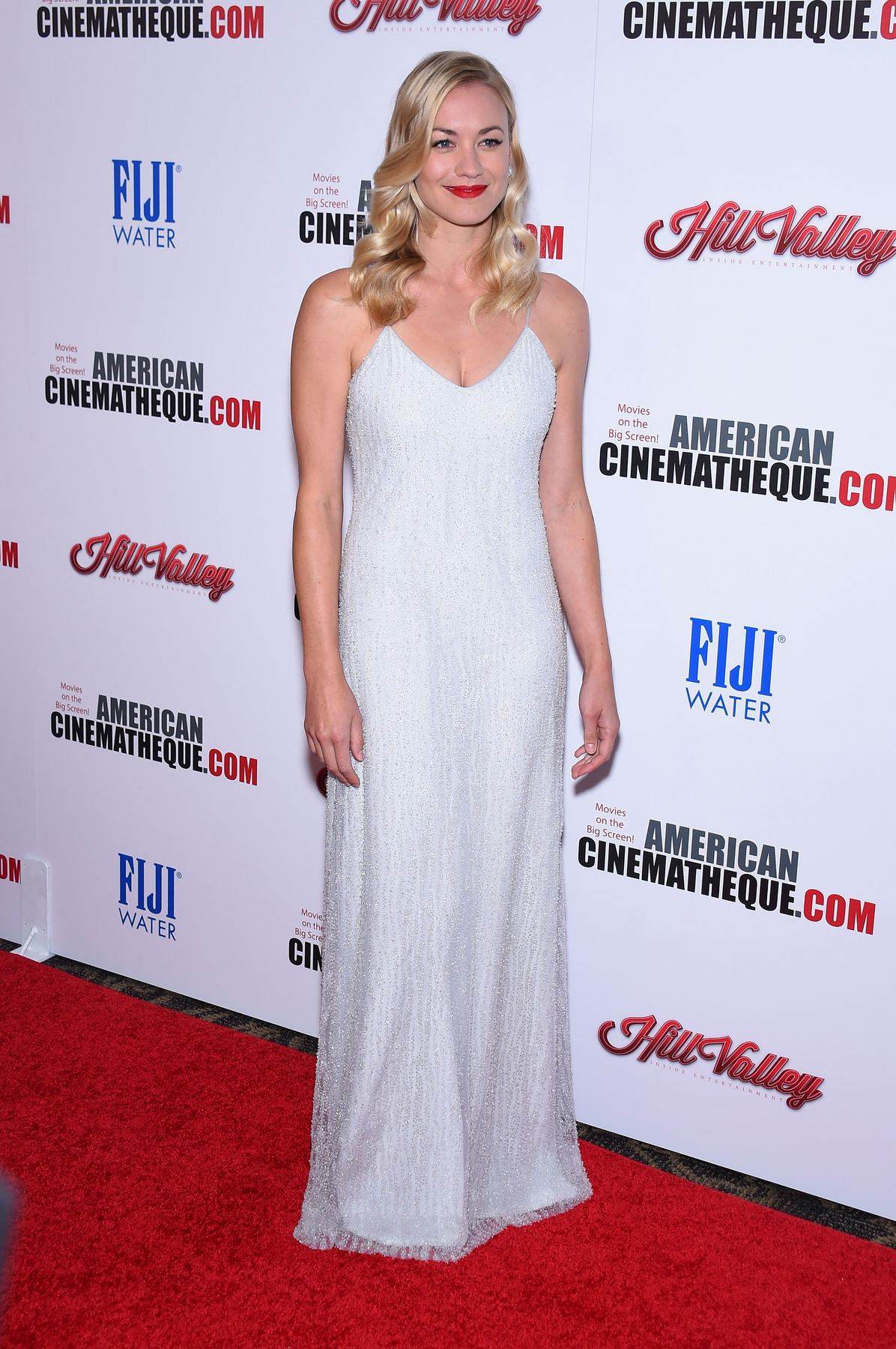Yvonne Strahovski arrives at American Cinematheque honors Reese Witherspoon-1